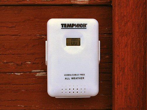 Remote thermometer/hygrometer sensor