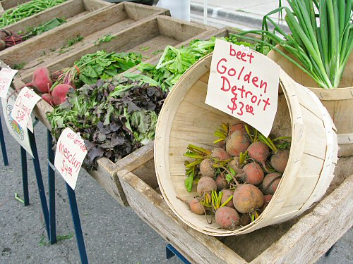 Farmers' market cruises along…