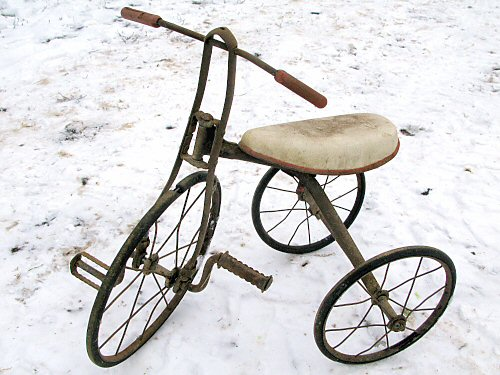 Antique tricycle, new seat