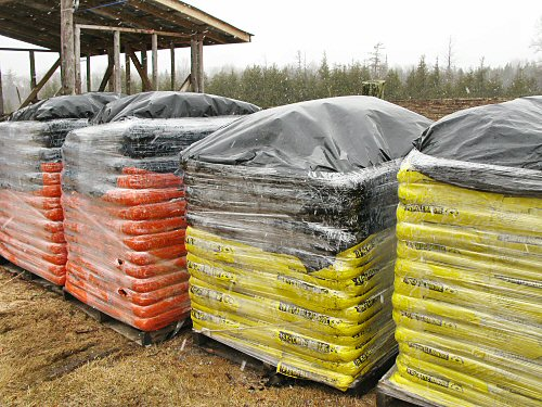 Organic compost on skids