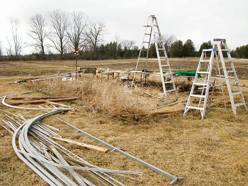 Hoophouse in pieces
