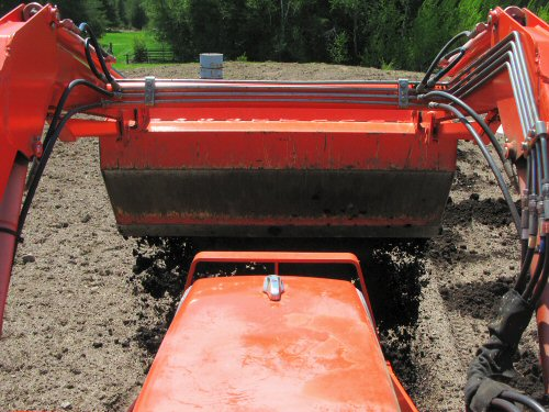 Compost spreading: another way…