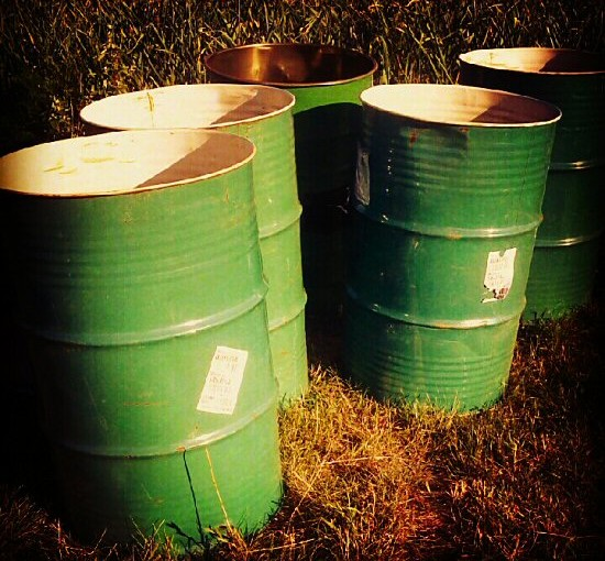 55 gallon drums as water barrels