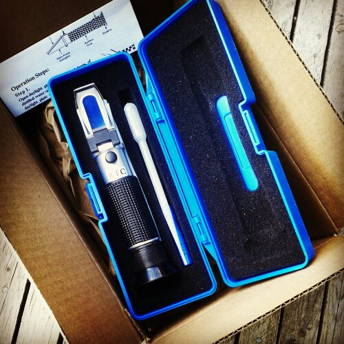 The refractometer has arrived!